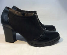 """White Mountain Patten Faux Leather Fabric Ankle Boots 3"""" Heels Size 9"""