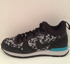 Nike Internationalist Mid Liberty QS Size 4 (uk) BNIB
