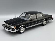 Chevrolet Caprice 1987  schwarz  1:18 MCG 18113  *NEW*