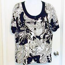 Lane Byrant Size 26/28 Short Sleeve Cardigan Sweater 3 Button Top Black & White