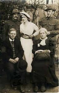 WW1 soldier group AIF Australian Imperial Forces with family  ?
