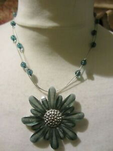 Ladies Large Green Flower Necklace-Costume Jewellery