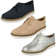 Clarks Lace-up Casual Flats for Women