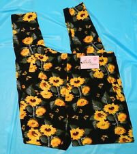 My Lala Leggings  Black With Daisies Plus Size Curvy New With Tags