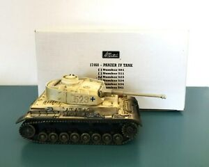 W BRITAIN #17460 523 Panzer IV Winter Color Tank Toy Soldier Tank
