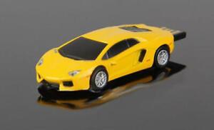 Lamborghini Aventador gelb / schwarz 8 GB Auto-USB-Stick Fash-Drive in Folie