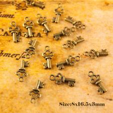 20 Antique Vintage Style Bronze Small Key Charms Pendant 011