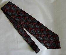 Giorgio Armani Cravatte Silk Necktie Made in Italy Red Black Diamond Neck Tie