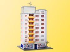 Kibri 37120  High Rise Block of Flats & Shop Plastic Kit N Gauge  New - T48 Post