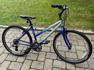 Trek 800 Sport ST womens mountain bike ladies blue hybrid road bicycle