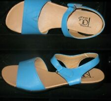 NEW TOG SHOP APPLESEED CASSIE Turquoise Blue LEATHER Comfort Flat Sandals 8 WIDE