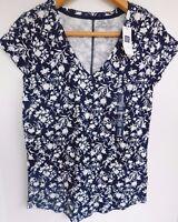 NWT Gap Women's Easy T-Shirt V-Neck Top Round Hem XS Free Shipping NEW