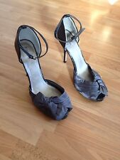 Stunning Ladies Barratts Grey Satin/Patent 4.5 Inch Stiletto Heeled Shoes-Size 6