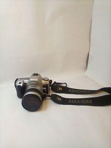 Minoltu Maxxum camera