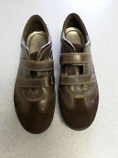 ECCO brown leather, velcro straps casual shoes, Women's 9-9.5 (eur 41)