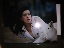 Anne Hathaway hand-signed 8x10 autograph photo w/COA
