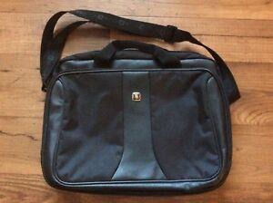 "Swissgear Messenger laptop computer Carryon Shoulder bag travel luggage 16"""