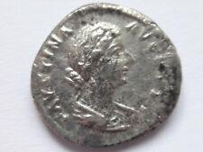 Faustina II AR Denarius. Rome, AD 147-176 .   3,18 g /  19 m     151