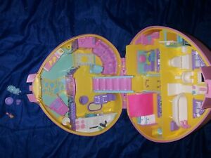 Lucy Locket Doll House 1992 Vintage