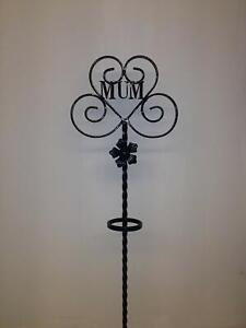 Wrought Iron Memorial Flower Stand (FS027)