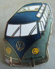 Volkswagen Pin / Pins: VW Bulli - T1 Samba- emailliert -blau grün metallic