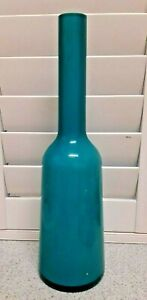 VILLEROY & BOCH ART GLASS VASE - TURQUOISE / WHITE - 9 Inches TALL APPROX