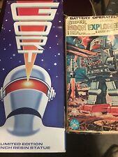 Horikawa Box - Vintage Robot - Moon Explorer + Gort - Japan