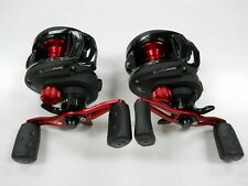 2 ABU GARCIA BLACK MAX BMAX3 BAITCASTING REELS (2) BRAND NEW NO PACKAGING 1pair