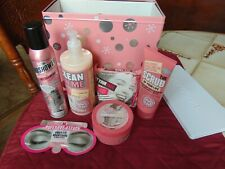Pink Tank Soap & Glory Collectible Tin 6 pc. Beauty Gift Set Brand New Perfume