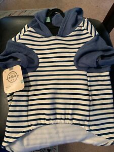 """BOND & CO. Hoodie for Dogs Size LARGE 17""""-19"""""""