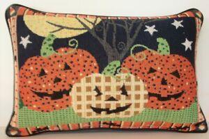 Halloween - Jack O' Lanterns & Moon Colorful Design & Border Tapestry Pillow New