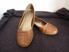 BONBONS CALEIGH TAN FLAT HEEL LADIES LEATHER SHOES SIZE 6