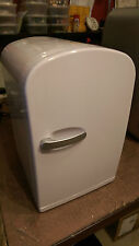 6 LITRE MINI FRIDGE WHITE TRAVEL - NOT MAINS POWERED  12 VOLT CAR LEAD INCLUDED
