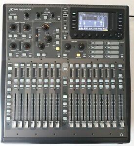 Behringer X32-Producer Digital Mixer in einem sehr guten Zustand.