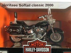 Harley Davidson Heritage Softail Classic FLSTC 2000 Noire Maisto 1:18 Neuf socle