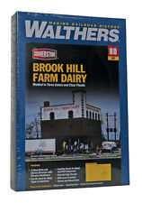 3010 Walthers Cornerstone Brook Hill Farm Dairy Trackside Warehouse HO Scale