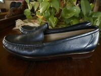 Blue SAS Slip Ons sz 8.5 S Tripad Comfort Womens Shoes Comfortable Very Narrow N