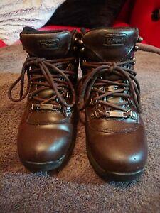 Higear Derwent IV Waterproof Walking Boots UK Size 4