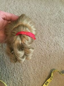 Doll Wig Ponytail Ringlets Dark Blond Red Ribbon Size 9 Bowl Style Bangs NOS