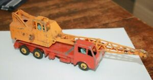 Dinky Toys - Camion Grue - Miniature ancienne au 1/43 ( a restaurer )