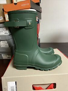 Hunter Wonens Original Short Gloss Green Rain Boot Size 7 M , 356