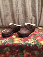 Women's Jambu JBU Brown Vegan Buckles Mules Wedge Heel Clogs Size 9-M Sweden