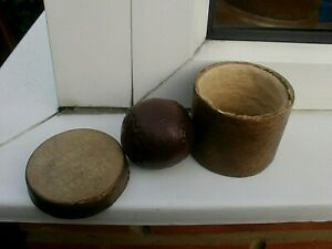 ANTIQUE OLD LEATHER GOLF BALL IN ORIGINAL BOX