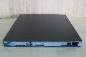 """Cisco 2811 Business Router - 2800 Series - Rack 19"""" 1HE - gebraucht - HÄNDLER"""