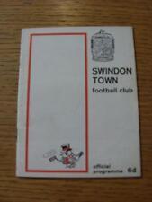 16/09/1967 Swindon Town V Northampton Town (piccolo segno di penna su copertina)