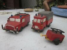 2 Stck. Einsatzwagen Feuerwehr DDR Modell Eigenbau a. Holz LKW Robur LO + S 4000