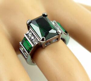 Princess Cut green Gemstone Ring Size 6 Black Colour Betsey Johnson Wedding