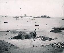 PERROS GUIREC c. 1900 - Pêcheur Casiers Côtes d'Armor Bretagne  Div 6710