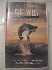 FREE WILLY; HOW FAR WOULD YOU GO FOR A FRIEND? VHS TAPE, 1993, CLAMSHELL