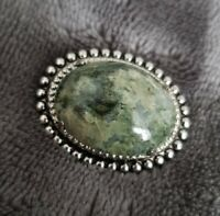 VINTAGE STYLE SILVERTONE MOSS AGATE  BROOCH PIN BADGE COSTUME JEWELLERY